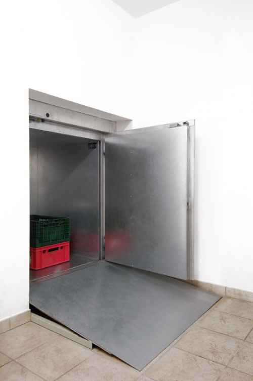 service lift in use