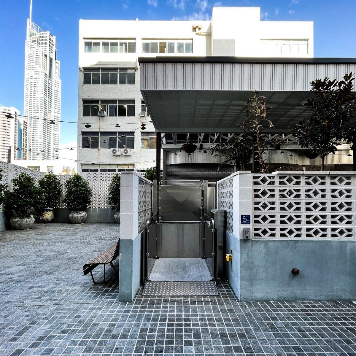 Platform Lifts   Simplex Elevators Gallery Image 1