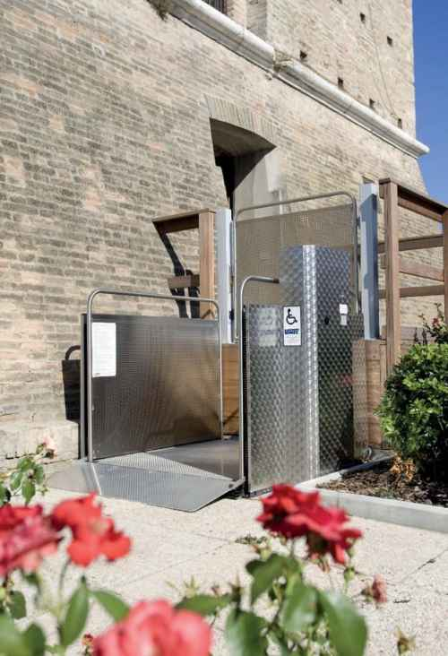 Vertical Platform Lift outside building