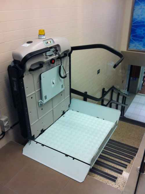 Incline Platform Lift ready to use