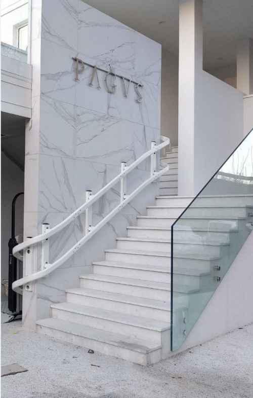 Incline Platform Lift around corner of stairs