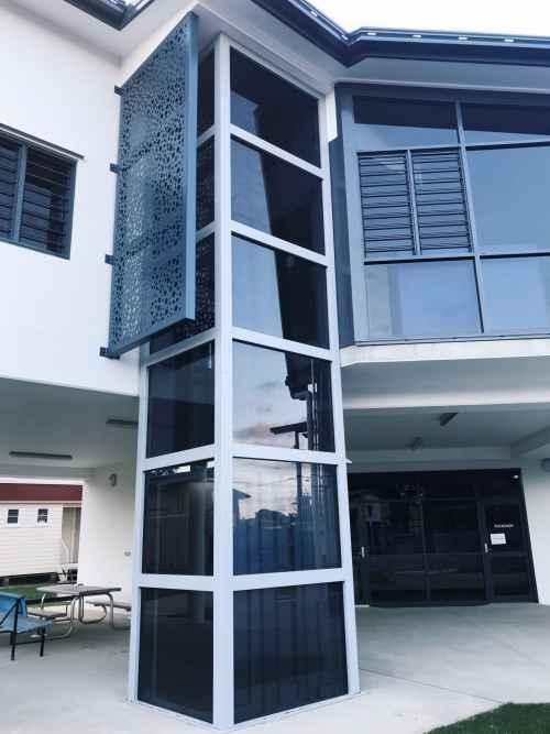 Easy Move Passenger Lift with external column
