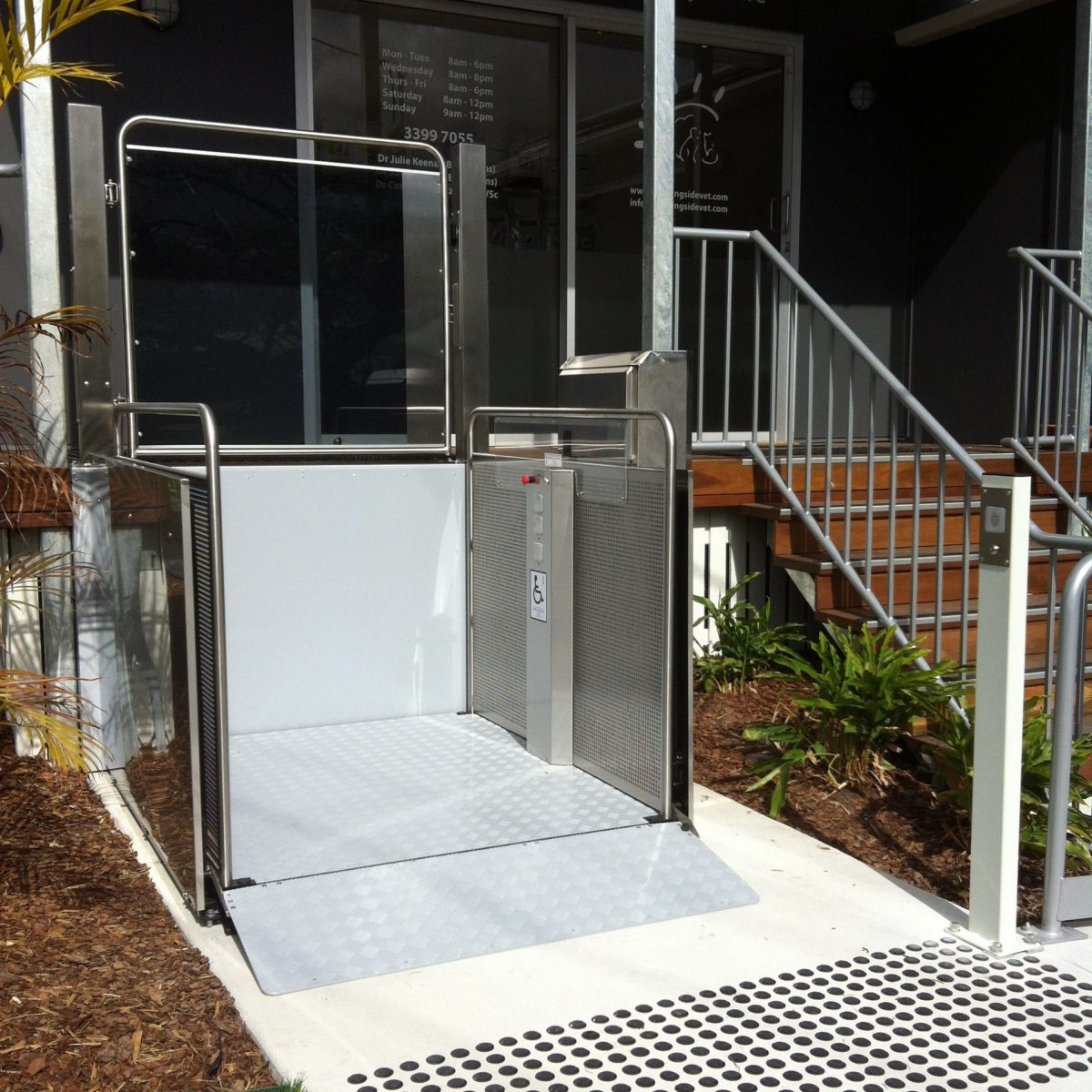 Vertical Platform Lift outside vet Platform Lifts | Simplex Elevators Gallery Image 3